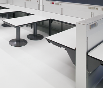 Trespa Top Lab for a university laboratory