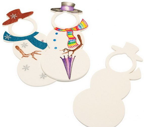 Christams-themed Snowmen door hangers made from Craftfoam